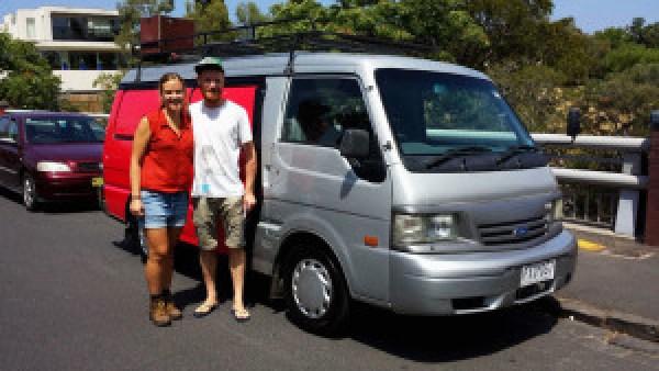 Vaarwel-Australië,-vaarwel-lief-busje