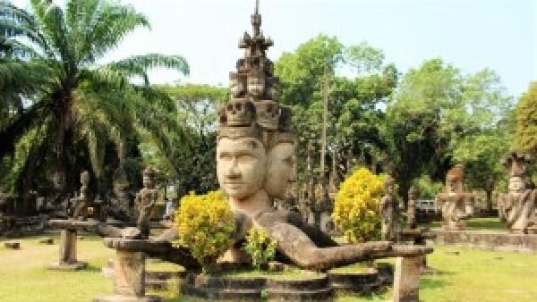 Buddhapark Laos