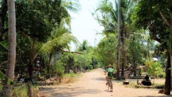 Fietsen in Kratie Cambodja
