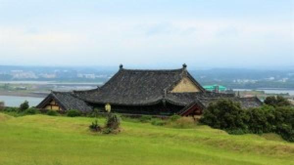Temple Seongsan Jeju Korea