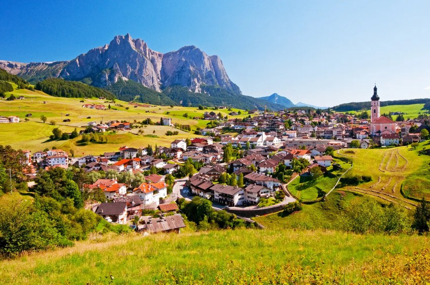 Town of Castelrotto/Kastelruth and the Sciliar/Schlern, Italy