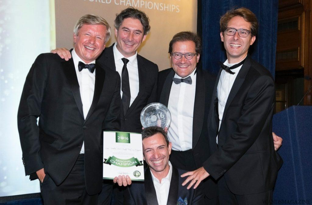 左から、ジャン・バティスト・レカイヨン(ルイ・ロデレール)、ブノワ・ゴエス(モエ・エ・シャンドン)、シリル・ブラン(シャルル・エドシック)、ヴァンサン・シャプロン(ドン・ペリニヨン) 、下、フレデリック・パナイオティス (ルイナール)