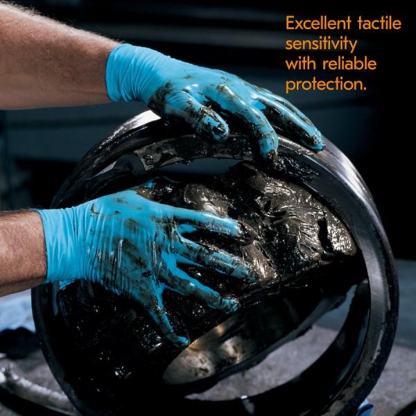 blue gloves p6