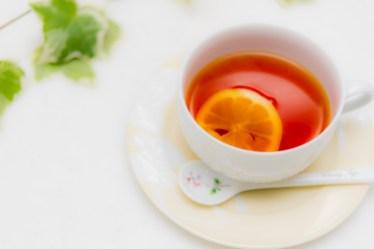 レモン酢を紅茶に入れると気分転換に!