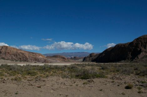 Barren empty landscape on the way to Paso Roballos