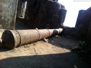 Canon inside sion fort - Forts in Mumbai