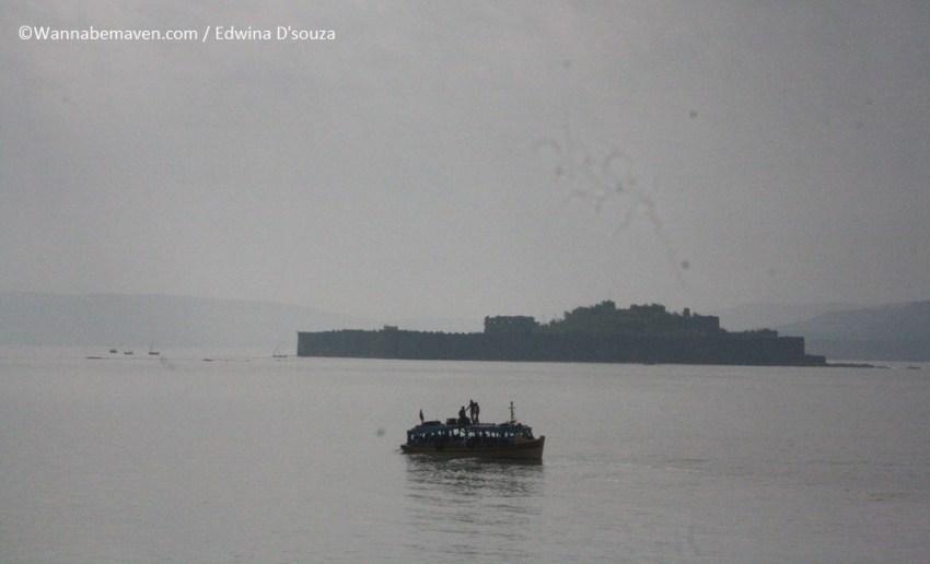 Ferry to murud janjira fort (6) - beaches in maharashtra