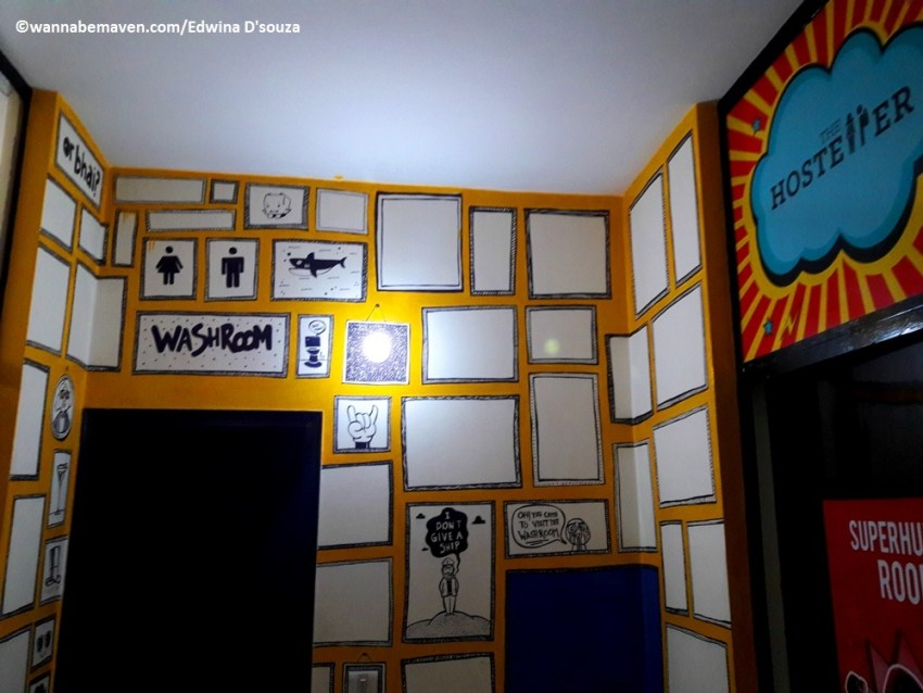 The Hosteller Delhi review - travel hostel india