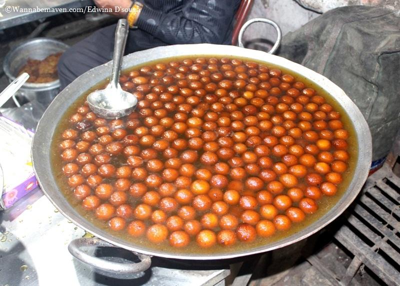 Indore food guide - mawa baati