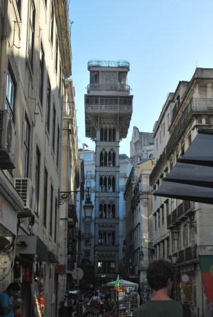 elevador de Santa Justa (Rossio) verbindt Chiado met Baixia
