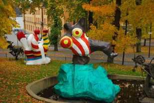 Niki de Saint-Phalle's vrolijke sculpturen op Skeppsholmen