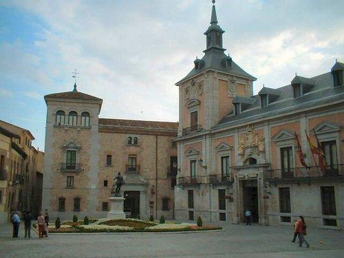 Artistas retratan la relación entre Madrid y la Literatura