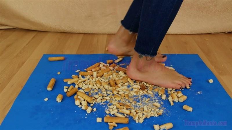 Megan Barefoot Hard Biscuit Food Crush
