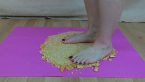 Amber Barefoot Crackers Crush