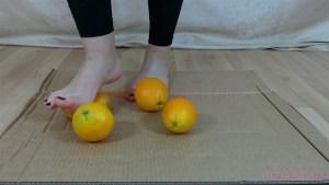 Rachel's Barefoot Orange Crushing Video