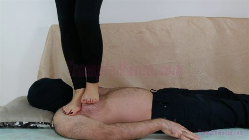 Rachel's Full Weight Barefoot Trample