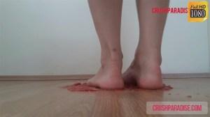 Goddess Gina's Barefoot Tomato Crush