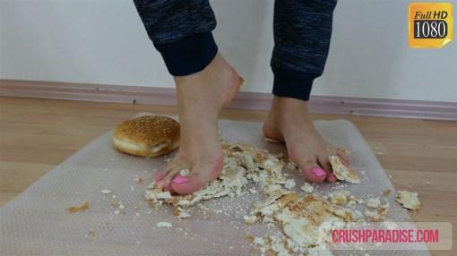 Crystal's Barefoot Hamburger Bread Crush
