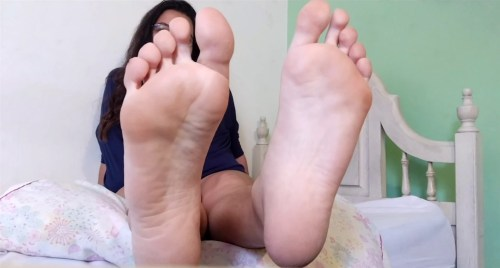 Latina Veras Sexy Big Soles