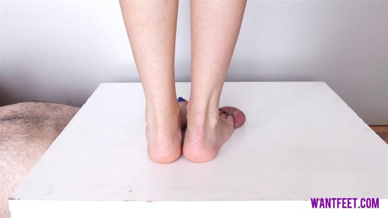 Millas Cock Barefoot Trampling