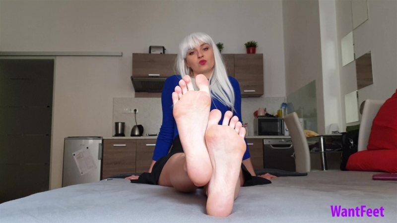Venus Perfect Petite Feet