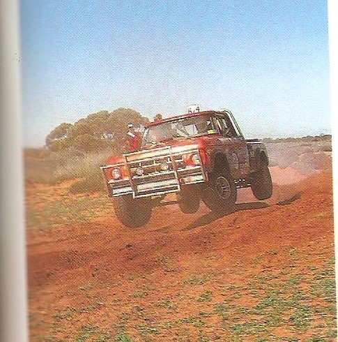 Hall/Schoen in the Outlaw Dodge at Waikerie in 1983