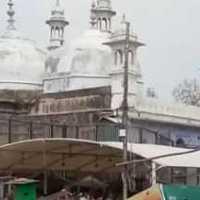 گیان واپی مسجد تنازعہ: مسلم فریق نے مسجد سے ملحقہ زمین مندر کو سونپی
