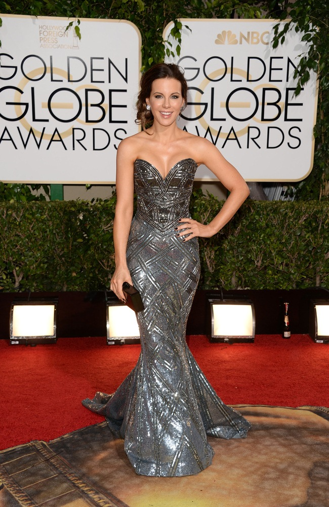 WTFSG-Golden-Globes-Kate-Beckinsale-Zuhair-Murad