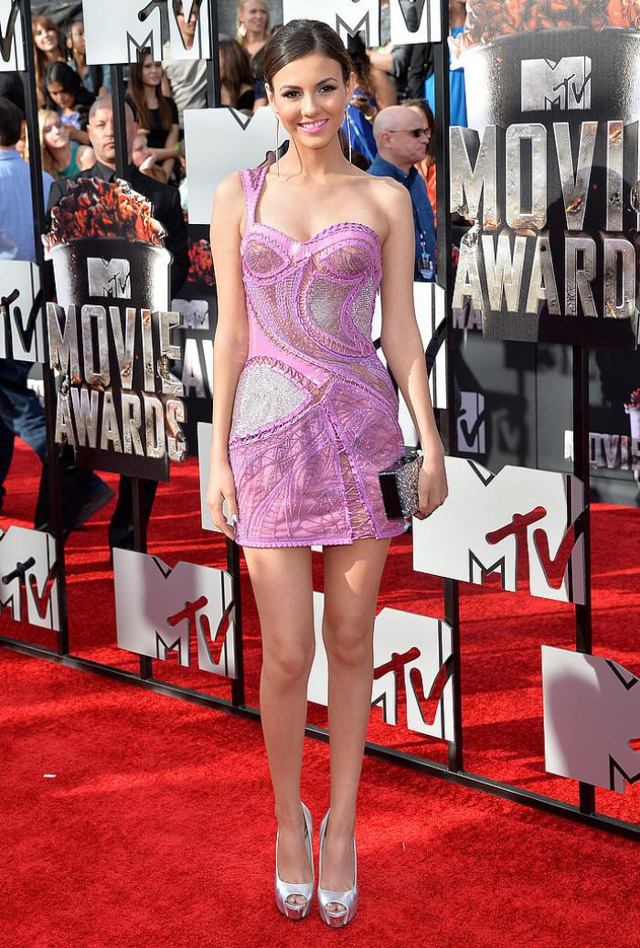 WTFSG-2014-mtv-movie-awards-red-carpet-Victoria-Justice
