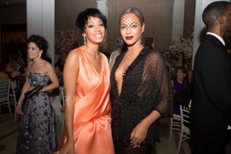 WTFSG-2014-met-gala-inside-party-Solange-Knowles-Beyonce