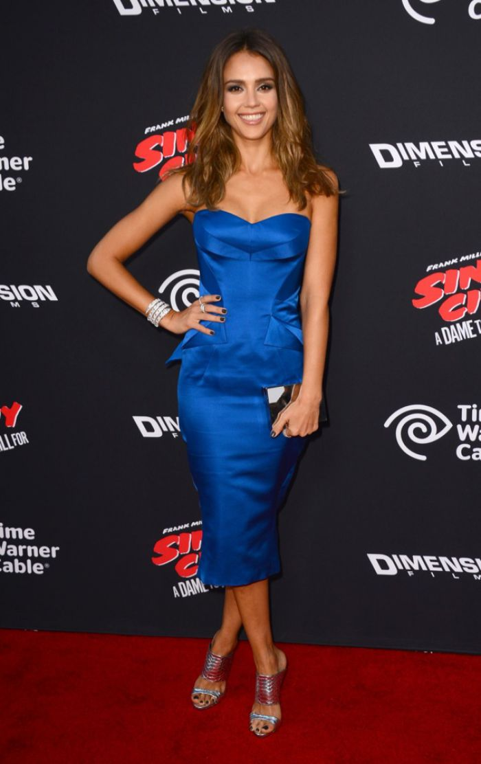 WTFSG-Sin City-A-Dame-to-Kill-For-LA Premiere-jessica-alba-blue-zac-posen-dress