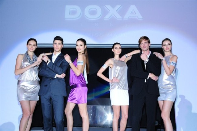 WTFSG_doxa-limited-edition-trofeo-chronomax-hk-trade-show_models
