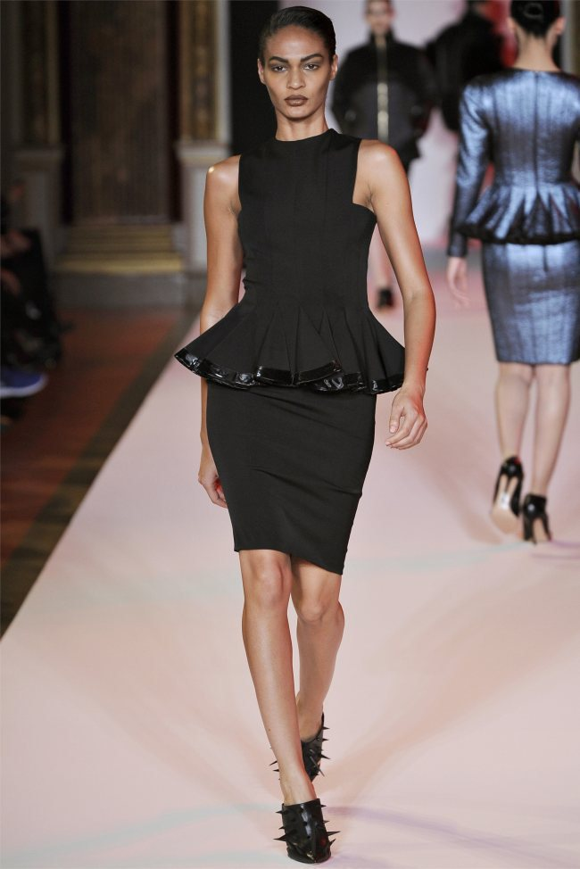 WTFSG_hakaan-fall-2012-paris-fashion-week_Joan-Smalls