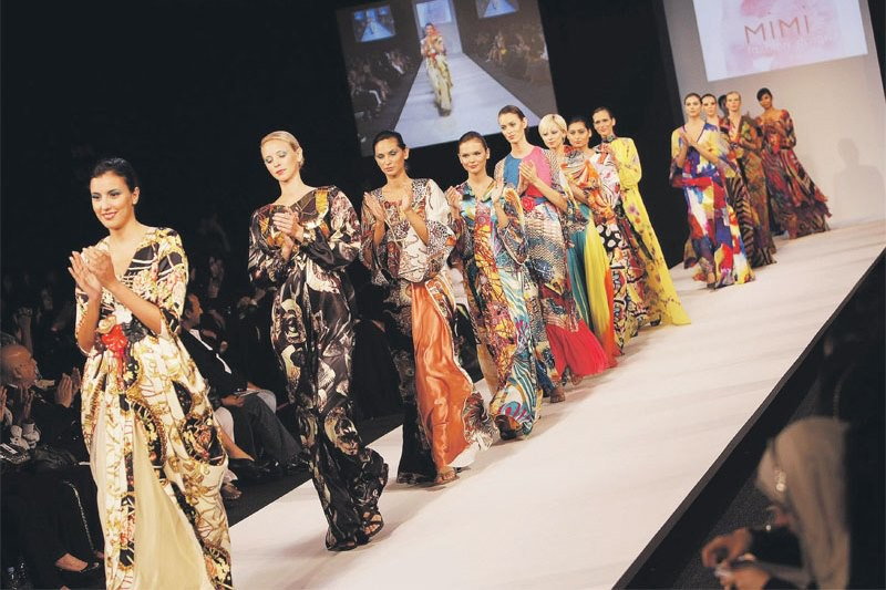 List of fashion designers in uae 19