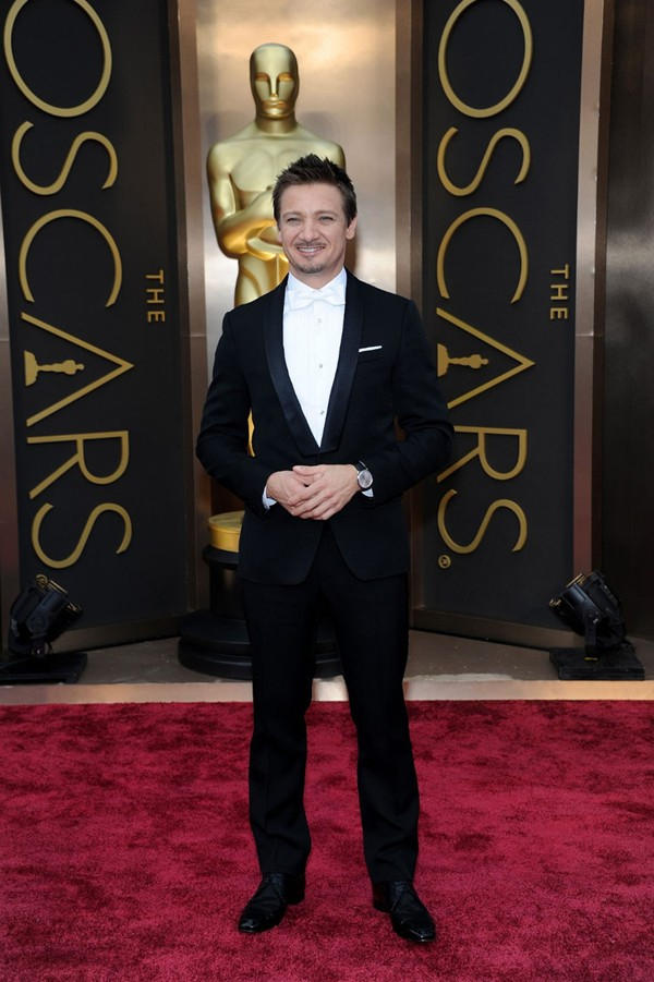 WTFSG_jaeger-lecoultre-on-jeremy-renner-at-the-oscars