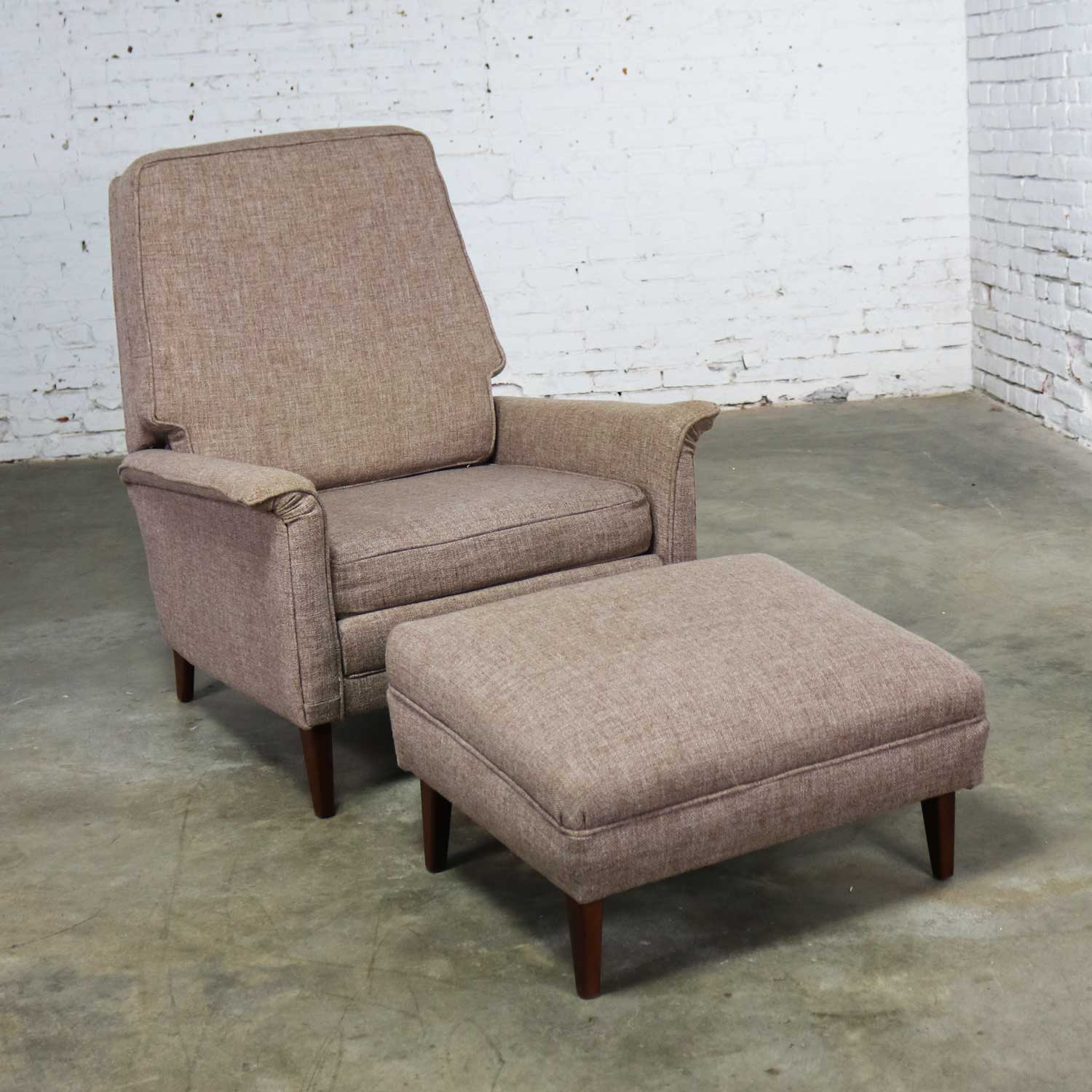 Mid Century Modern Reclining Lounge Chair And Ottoman Style Of