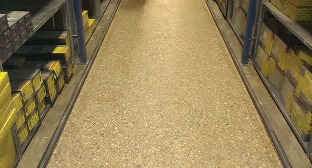 Laser-ground-superflat-narrow-aisle