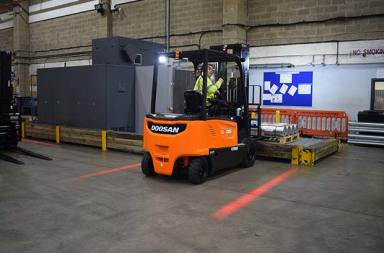 Davies Turner Air Cargo powers up with Doosan electric trucks