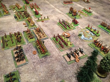 Some light horse threaten the Auxilias flank as they attempt to hold the left flank whilst the centre advances.