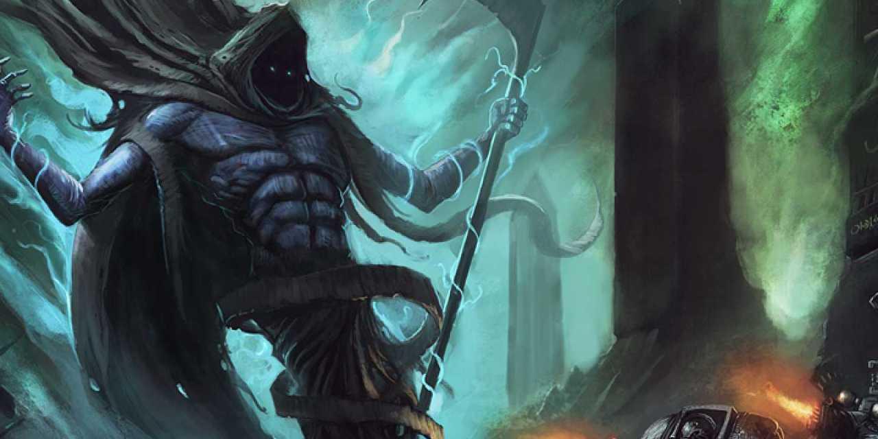 Escultura del Portador de la Noche C'tan Necron