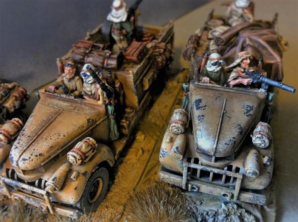 Resultado final de los camiones Chevrolet del Long Range Desert Group, listos para combatir a Rommel y sus Afrika Korps
