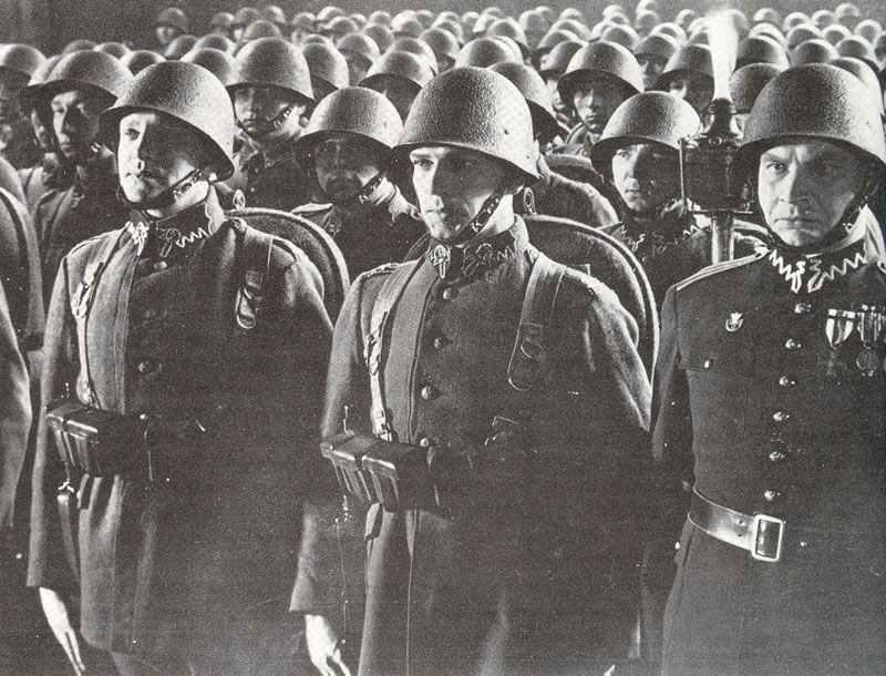 Polish soldiers pre WW II