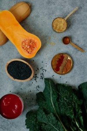 Black Lentil, Bulgur, Butternut Squash + Kale Chili - warmandrosy.com