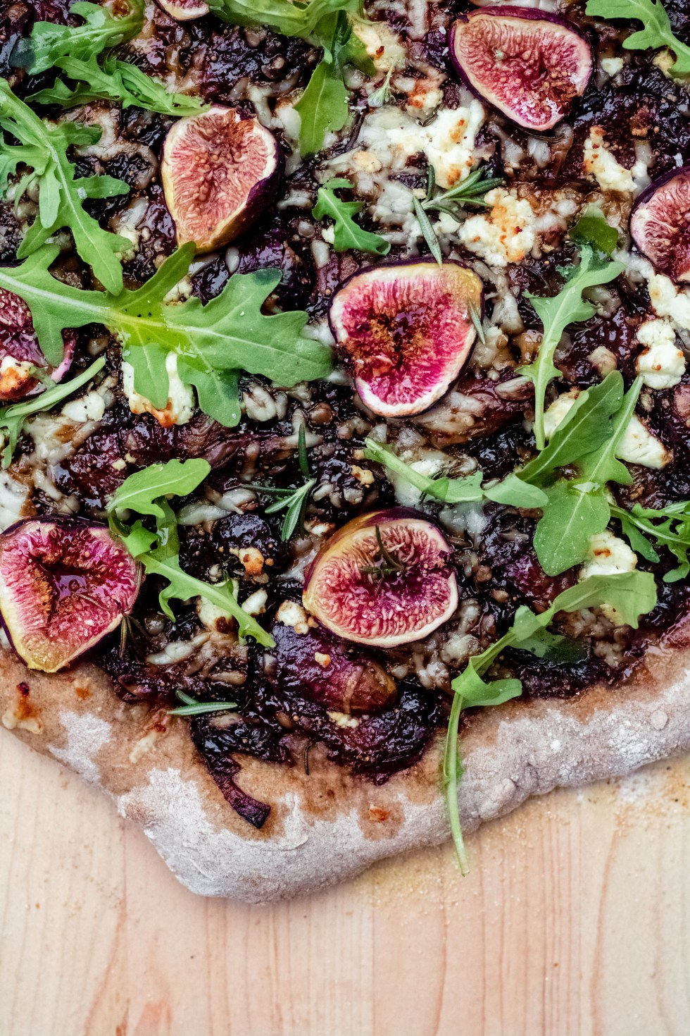 Fig, Balsamic + Goat Cheese Pizza — warmandrosy.com