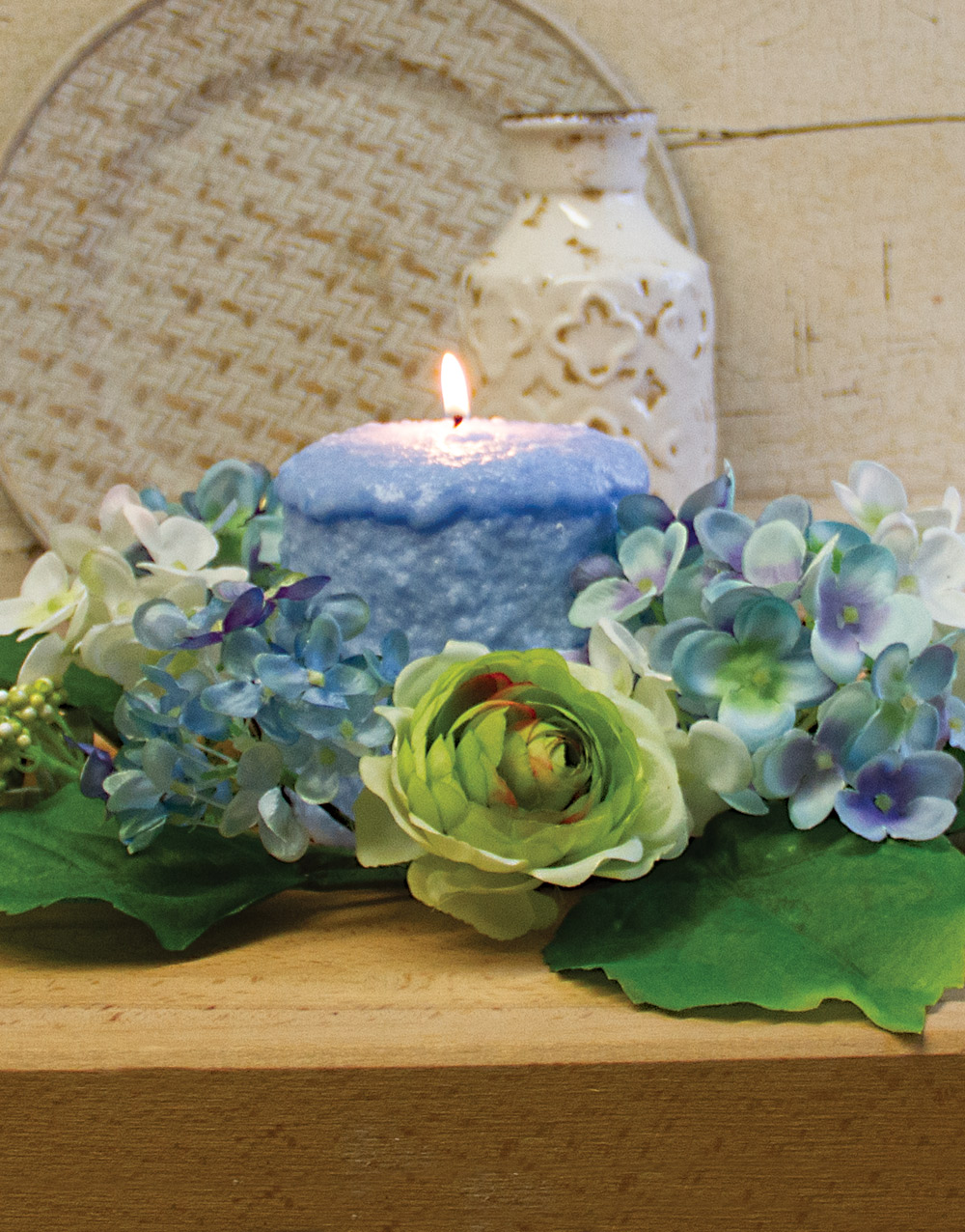 Hydrangea & Ranunculus 6″ Candle Ring – Blue & Cream
