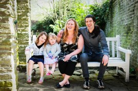Family at The Rookery, Streatham Common. Photographed by Anna Hindocha/Warm Glow Photo