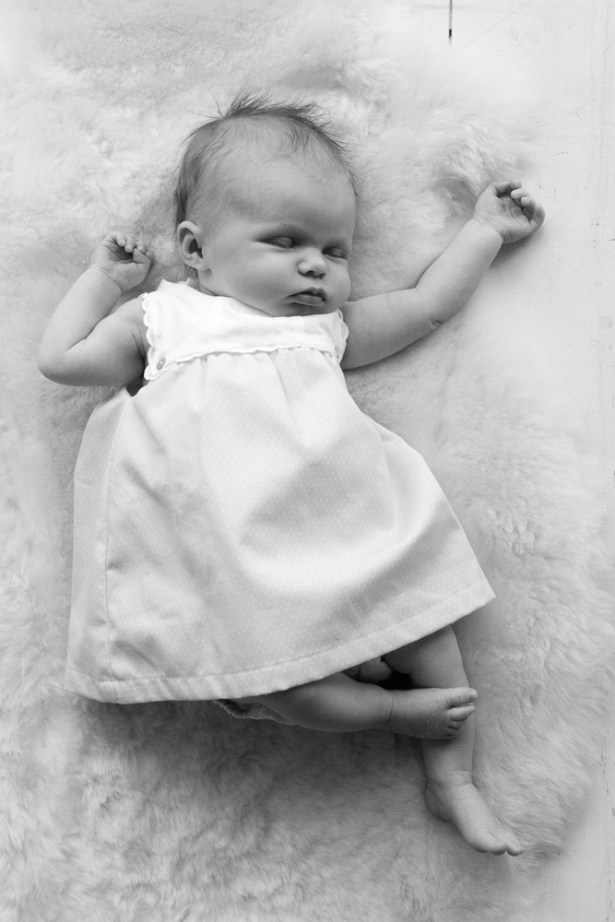 Newborn baby girl photographed by Anna Hindocha/Warm Glow Photo