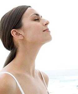 breaths-relaxing-meditating-lgn