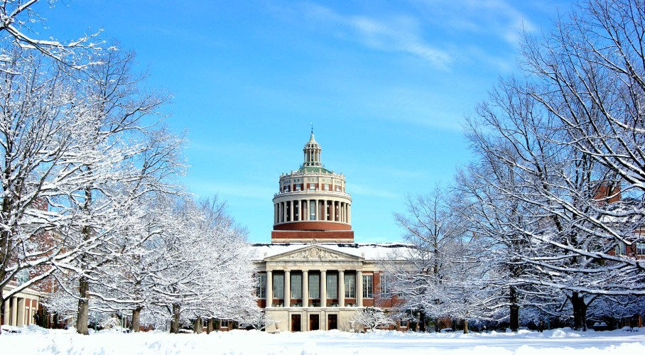Higher Ed During the Holidays: What to Do Over Break