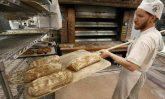 baker-making-bread